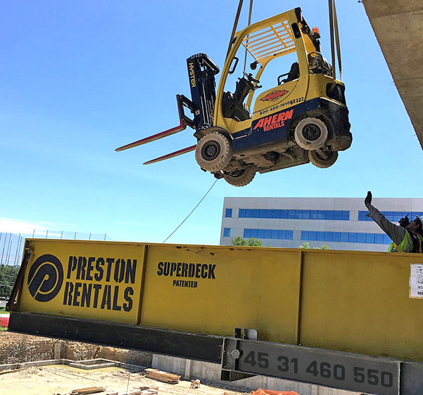 Preston Rentals Superdeck gaffeltruck